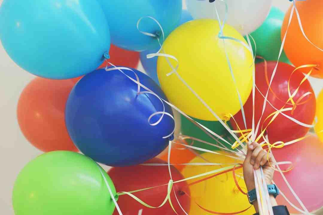 Comment souhaiter un bon anniversaire à distance ?