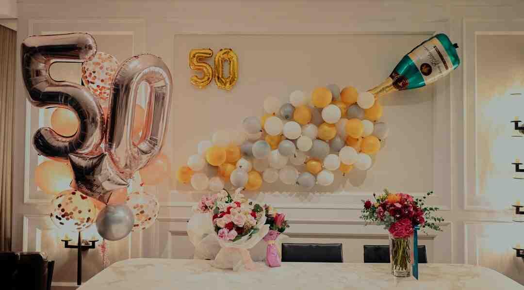 Quelle phrase pour souhaiter un anniversaire ?