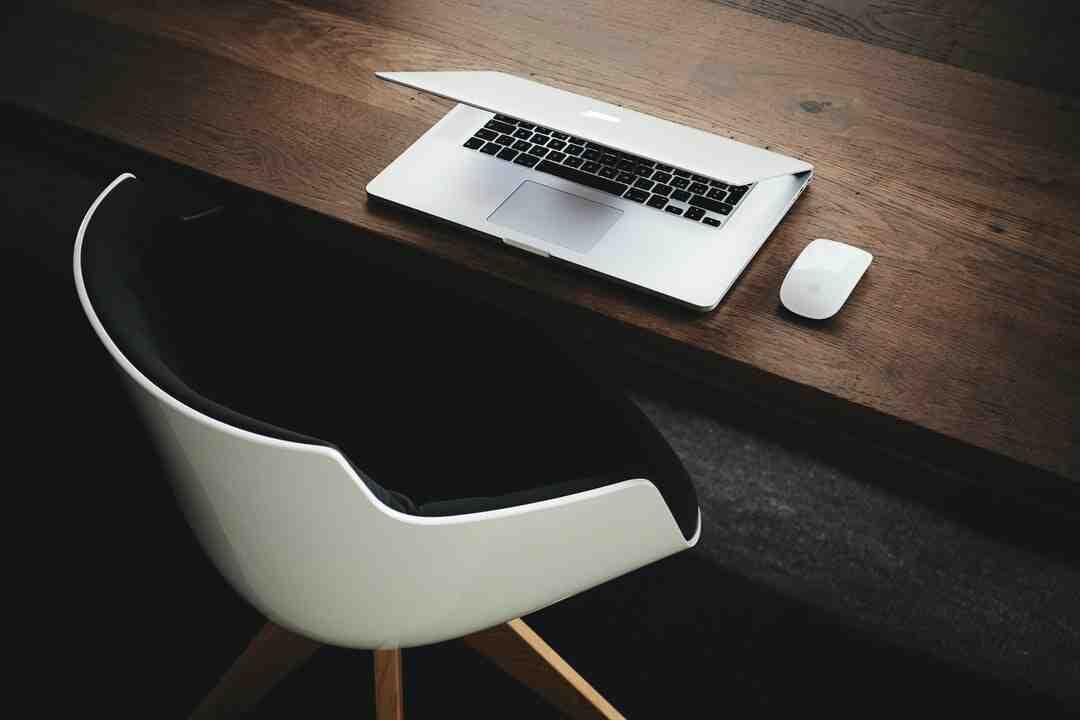 Quels mots sont synonymes du mot travail ?